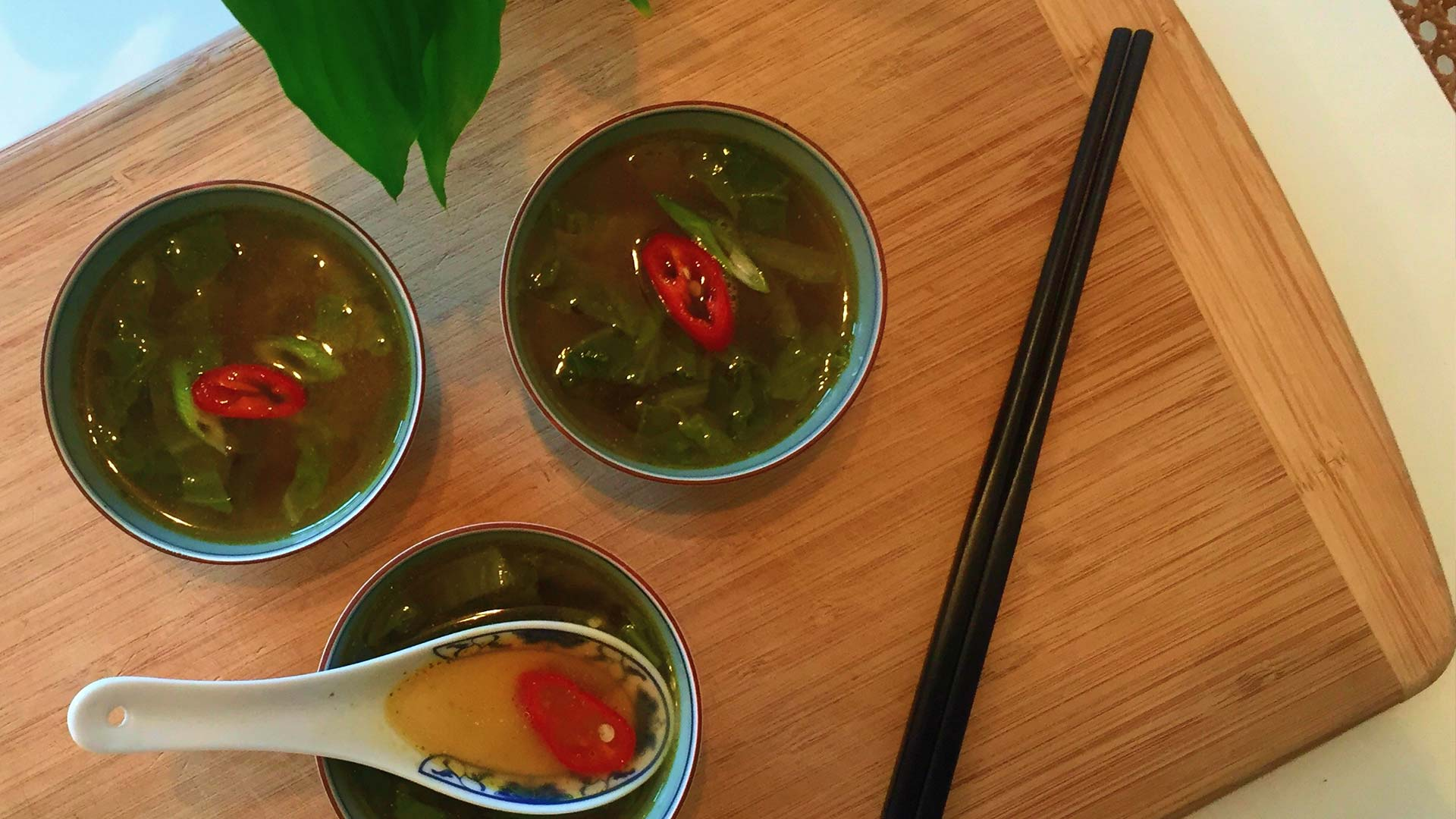 Ken Hom S Chinese Cabbage Soup Centrepoint